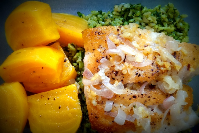 fish with golden beets and green rice