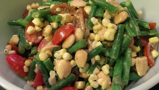 green bean, corn and tomato salad