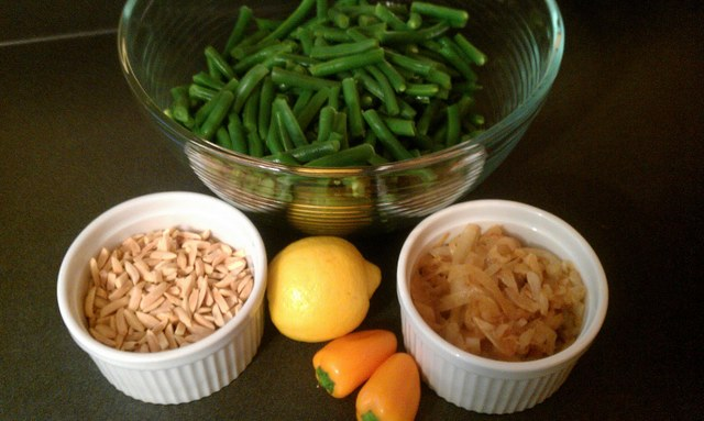 greds green beans w almonds