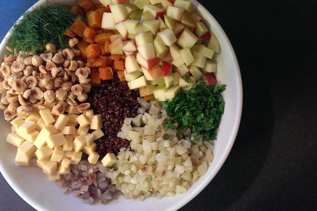quinoa christmas salad ready to mix